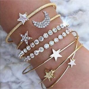 Jewelry - New Item✨ 4 pc Crystal Star Bracelet Set 😍